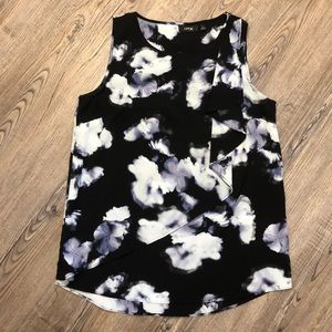 Apt 9 Floral Tank Top Blouse w Detailed Front